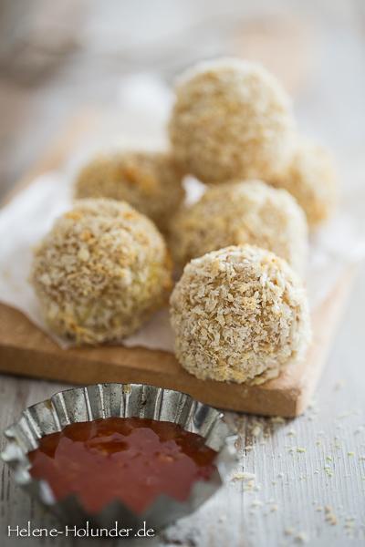 Cashew Cheese Balls-2