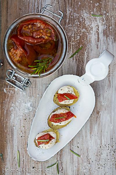 pellkartoffeln-quark-eingelegte-tomaten-vegan-helene-holunder