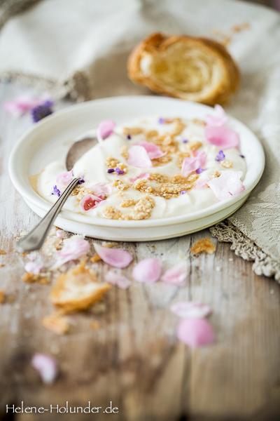 Quark Sesamkrokant Rosenbltter Lavendel Ahornsirup