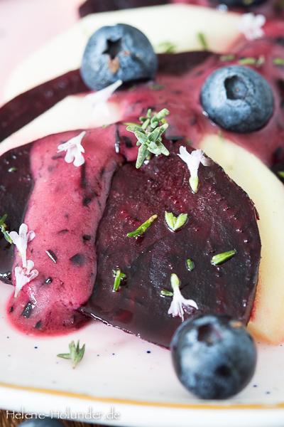 rote-beete-carpaccio-apfel-heidelbeer-vinaigrette-vegan-helene-holunder-2